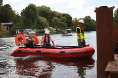 safety boat hire services